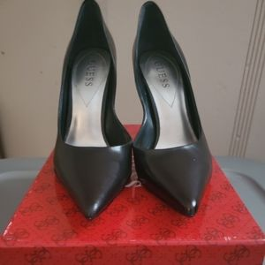 Guess pointed toe high heel pumps